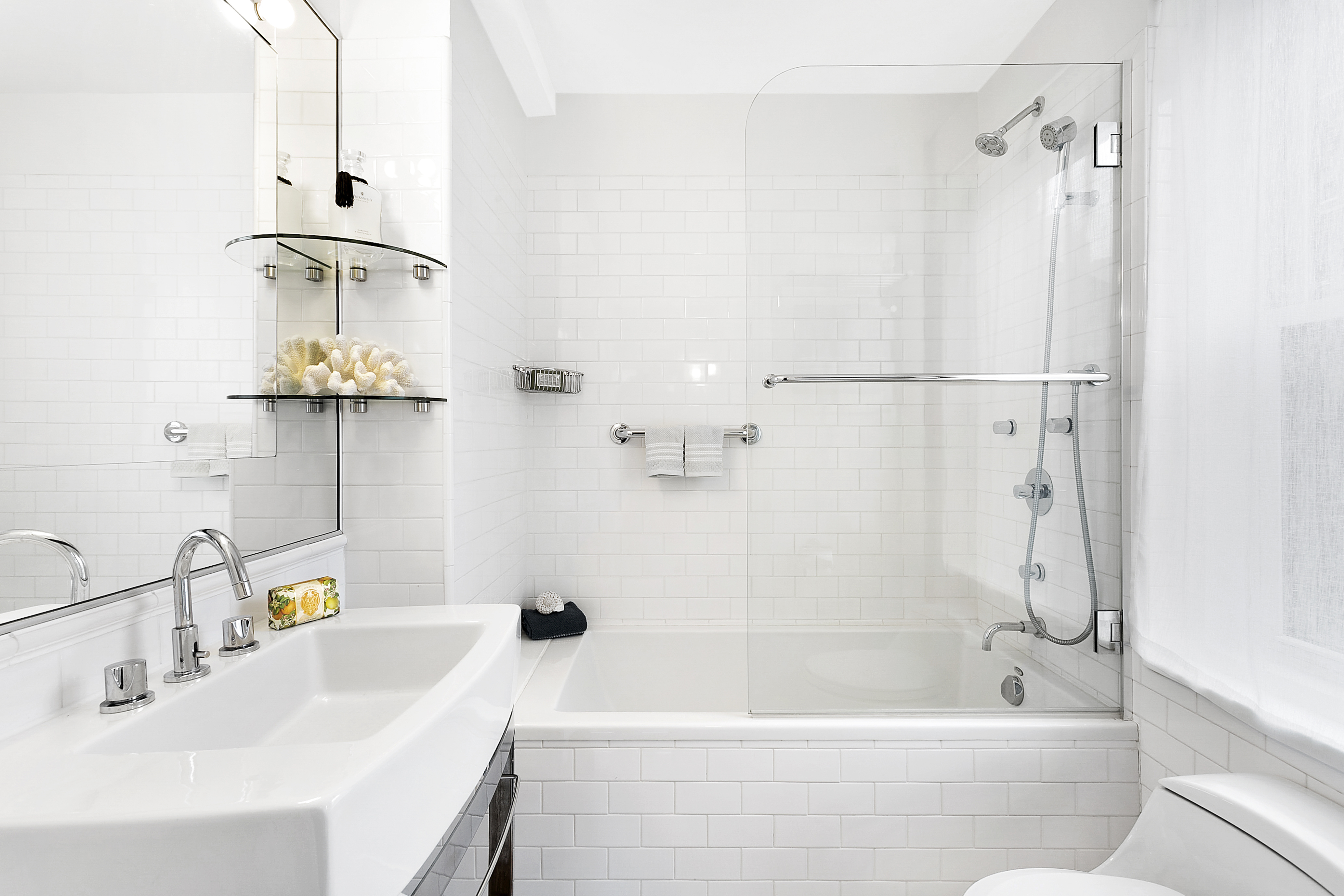 10 NYC bathroom renovations that will improve your life—and your