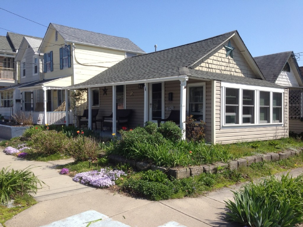 Need some alone time? Check out this cute Jersey shore cottage