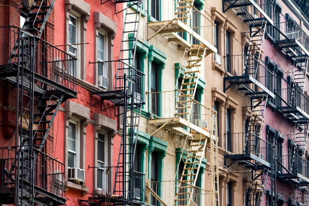 I Ve Got 100 000 In The Bank But No Steady Income Can Still Rent An Apartment New York City