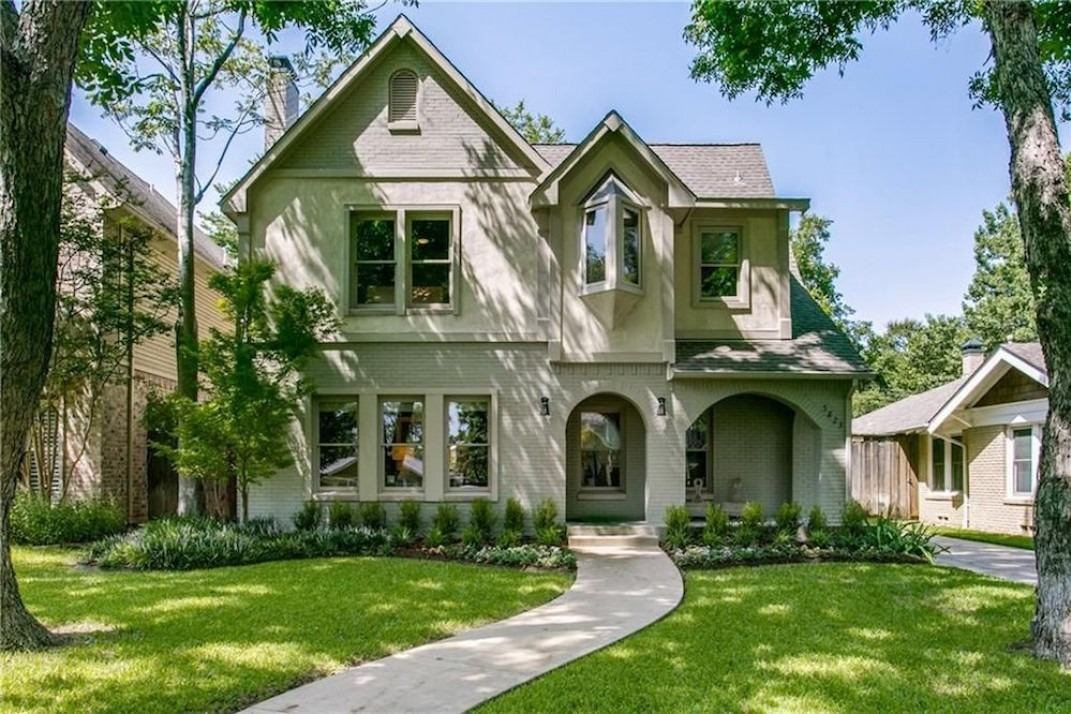 5 Houses In Dallas Texas Where The Properties Are Big And The Politics Are Shifting