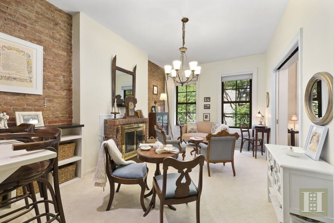 Charm Alert 5 Nyc Apartments With Exposed Brick Walls
