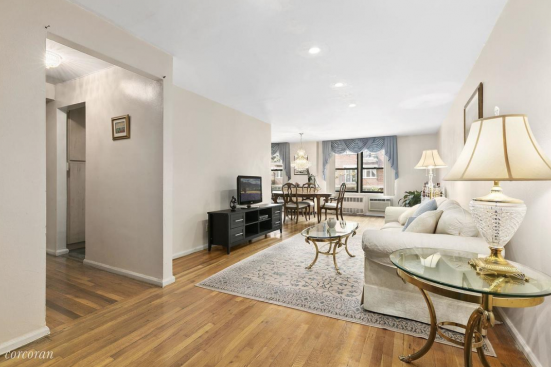 Spread Out In This Two Bedroom Two Bath Co Op In Kensington