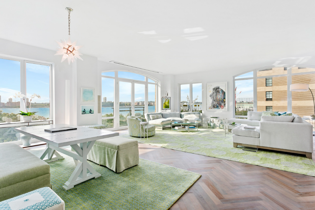 You Re Moving The Reasons Why People Decide To Sell Their Luxury New York City Apartments