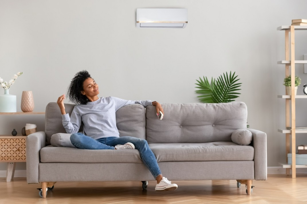 How to keep your NYC apartment cool: In-window, through-wall, split unit,  and other types of air conditioners