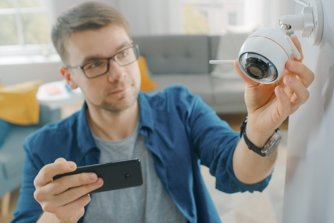 5 smart-home security systems that will work in any NYC apartment