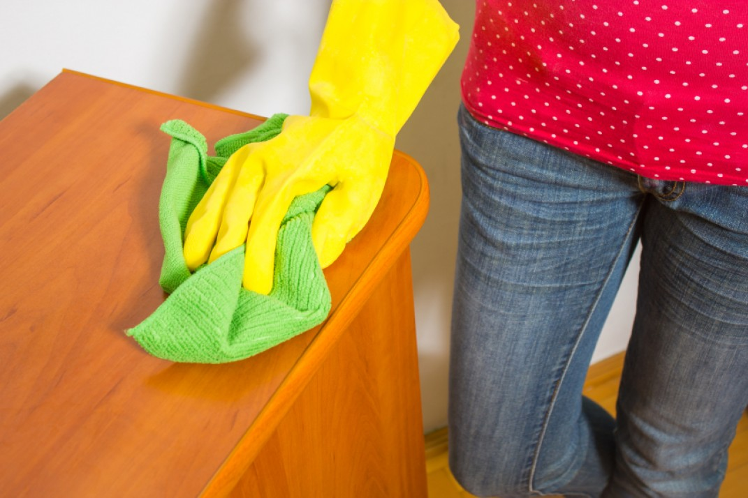 Fantastic Hiring A House Cleaner For The First Time Your Etiquette Download Free Architecture Designs Ferenbritishbridgeorg