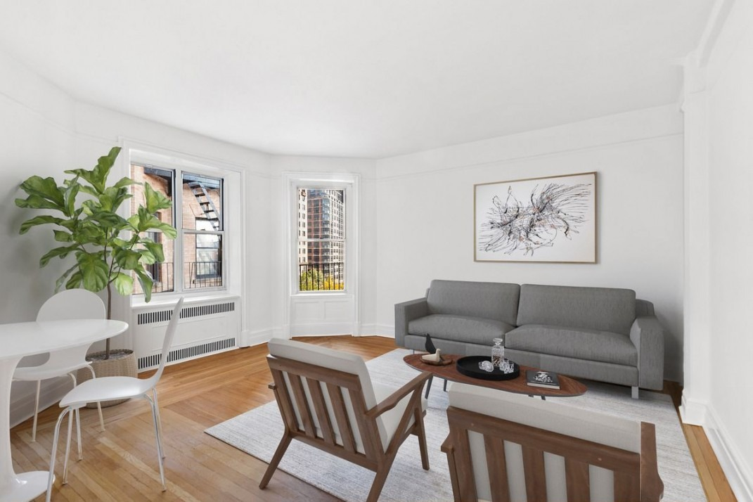 An Uws One Bedroom A Short Walk From Riverside Park For