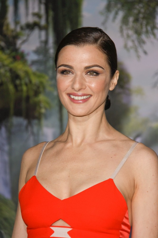 Your Celebrity Neighbor: Rachel Weisz