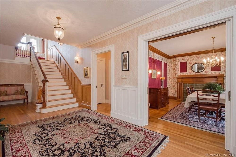 Tremendous 5 Houses In West Hartford A New England Town With Charm To Interior Design Ideas Inesswwsoteloinfo