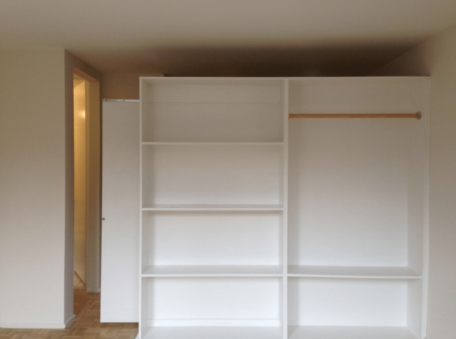 8 Bookshelf Walls You Can Live With Legally