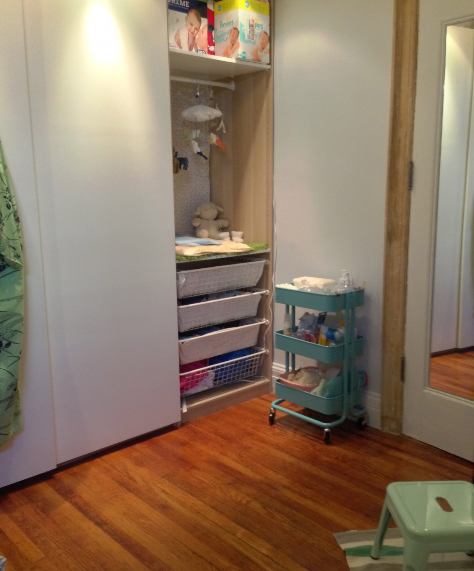 Included Storage For Bulky Items (Huge Boxes Of Diapers And