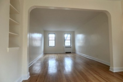hudson heights apartment