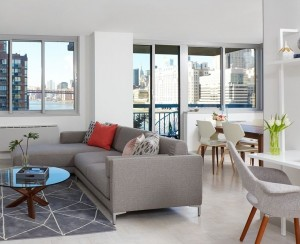 A One Bedroom On Roosevelt Island Has River Views And Lots Of Amenities